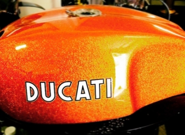 Peinture Métal Flakes Orange Ducati  - FRENCH KHUSTOM by Art Mattwell's