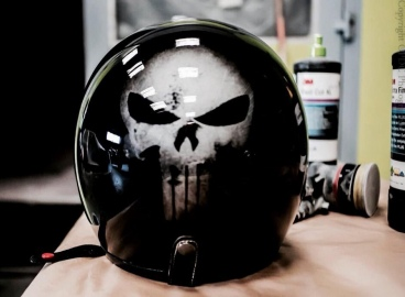 Peinture casque Punisher  - FRENCH KHUSTOM by Art Mattwell's